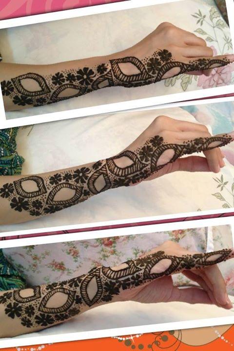 Side Hand Mehndi Design