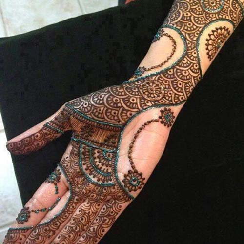 Front Hand Beautiful Traditional Mehndi Design