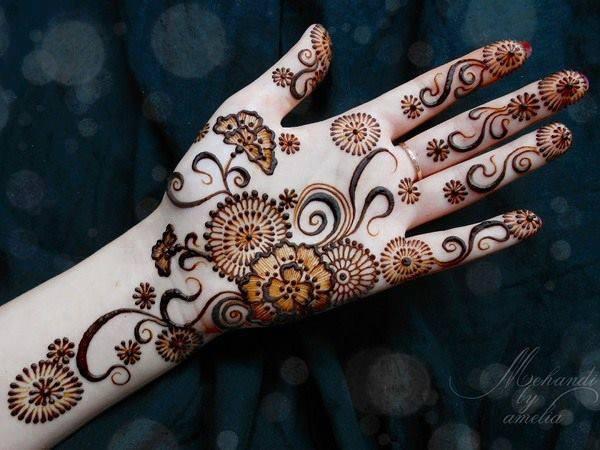 Flower Mehndi Design