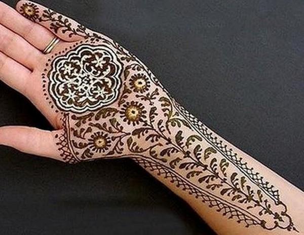 Round Shape Arabic Mehndi Design