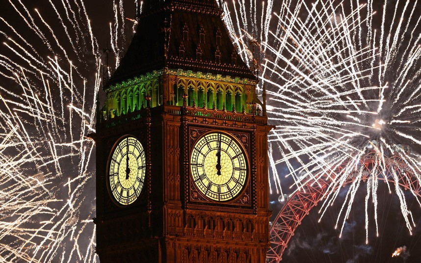 Fireworks light up the London skyline and Big Ben