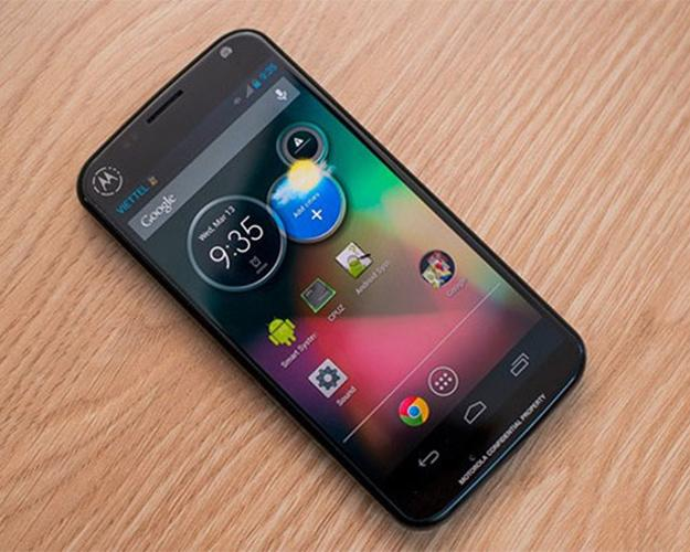#4 The Moto X lets you customize the look of your phone