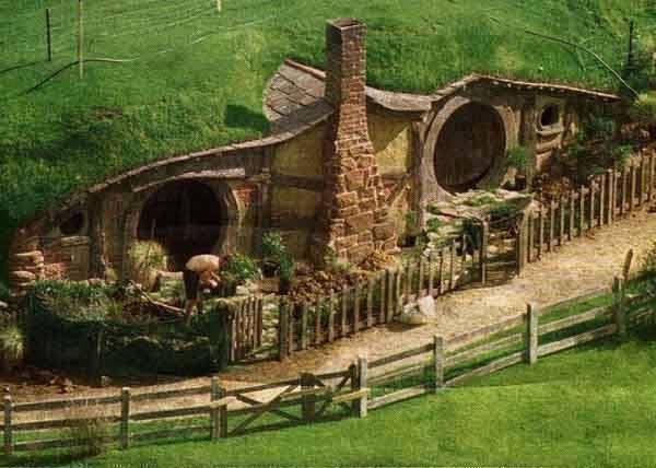 real life hobbit homes in new zealand 7 pics