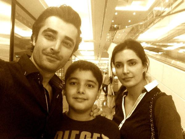 Hamza Ali Abbasi With His Sister And Nephew