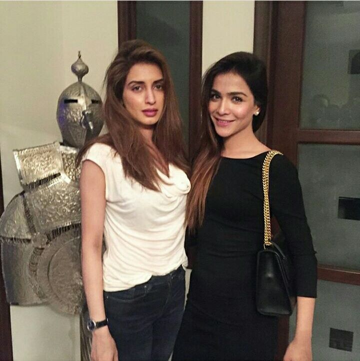 ‎Humaima Malik‬ & ‪Iman Ali‬ spotted at The red Carpet of ‎Kapoor & Sons‬