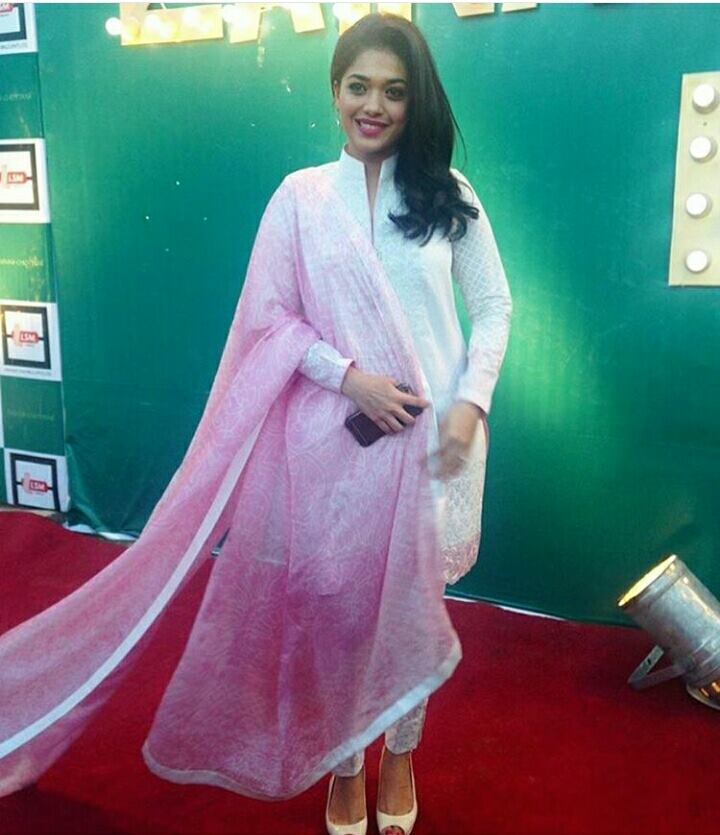 ‎Sanam Jung‬ at ‪Zainab Chottani‬ Lawn Launch Ceremony