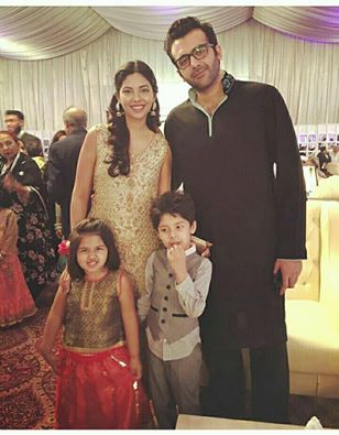 ‎Sunita Marshal‬ With Her Husband & Kids