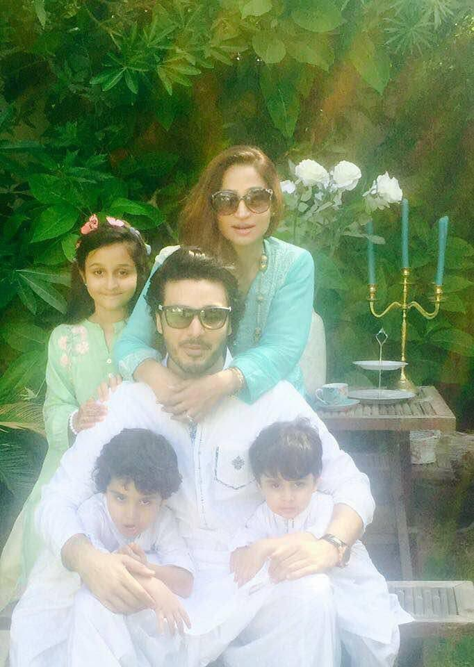 Ahsan Khan With His Wife & Kids