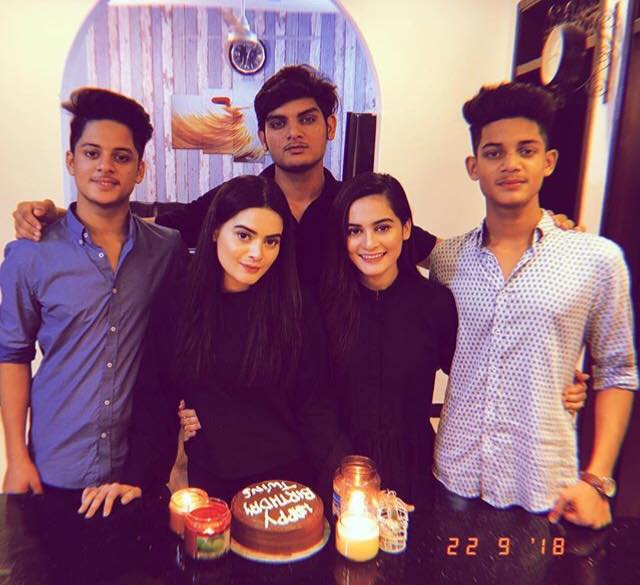 Aiman & Minal Khan With Their Brothers