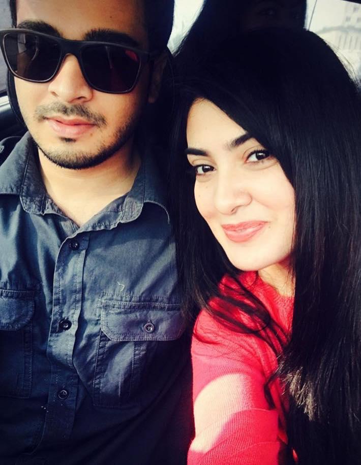 Aleezay Tahir With Her Fiance