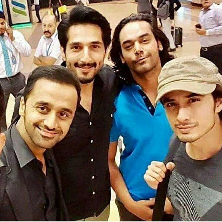 Ali Zafar, Gohar, Bilal & Waseem Badami Snapped At The Airport