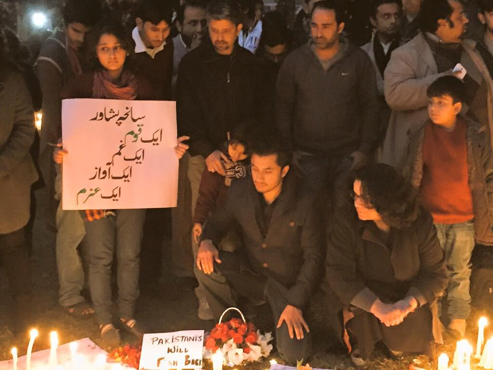 Ali Zafar Lighting Candles For Peshawar Victims