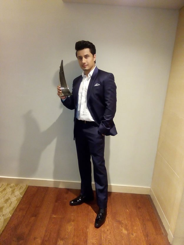 Ali Zafar Win Most stylish Import Hindustan Times Style Award