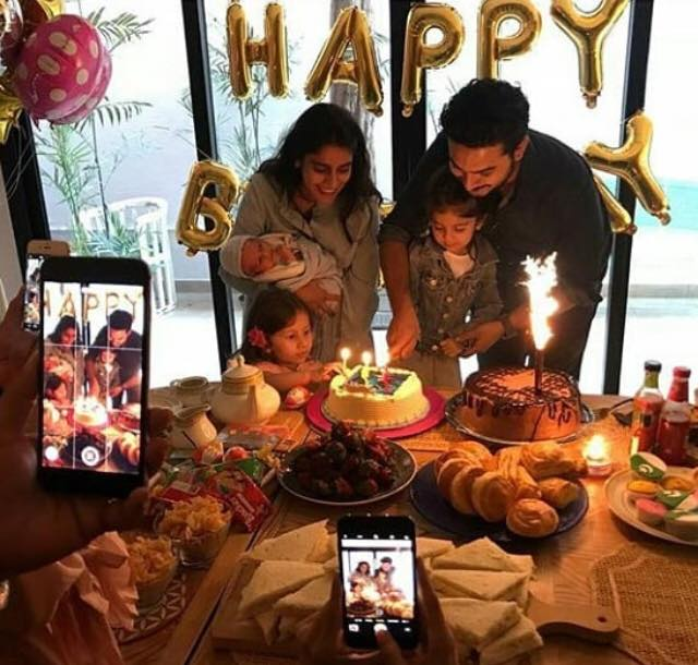 Alishba Yousuf Celebrating The Birthday Of Her Daughter With Family