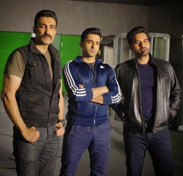 Amir Qureshi, Sheheryar Munawar & Humayun Saeed During Shoot