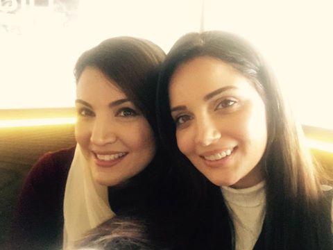 Armeena Khan Selfie With Reham Khan