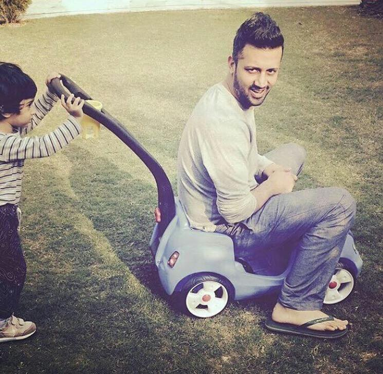Atif Aslam Playing With His Son