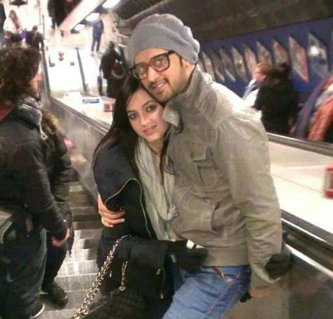 Atif Aslam With His Wife Sara Latest Pic