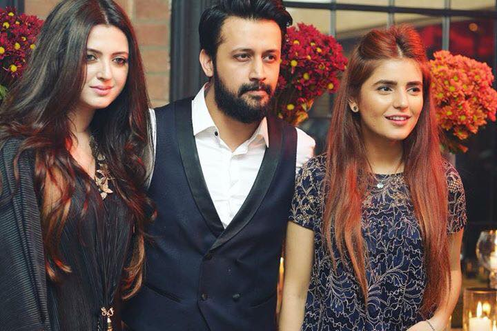 Atif Aslam With His Wife Sara & Momina Mustehsan
