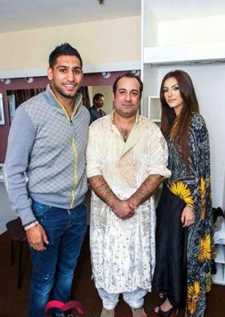 Boxer Amir Khan And His Wife With Rahat Fateh Ali Khan