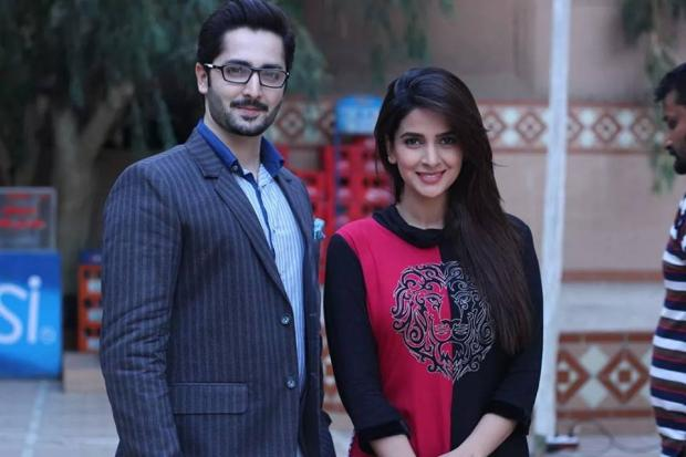 Danish Taimoor With Saba Qamar On Set Of Na Katro Pankh Mere