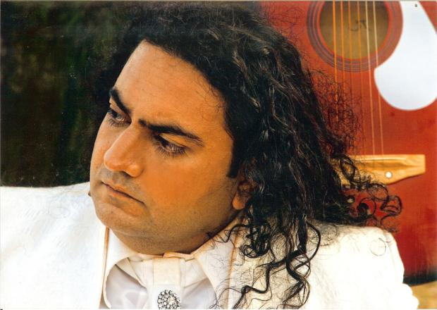 Eye to Eye - Taher Shah A Pakistani Singer Songs Goes Viral