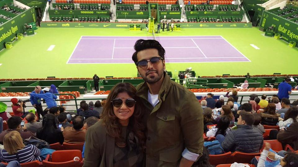 Fahad Mustafa And His Wife Watching Tennis