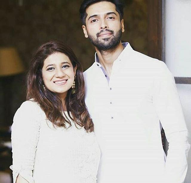 Fahad Mustafa Clicked With His Wife