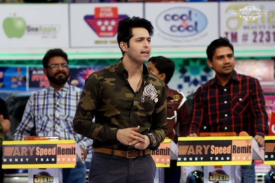 Fahad Mustafa is looking very young in Jeeto Pakistan