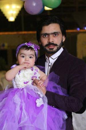 Fawad Alam With His Daughter