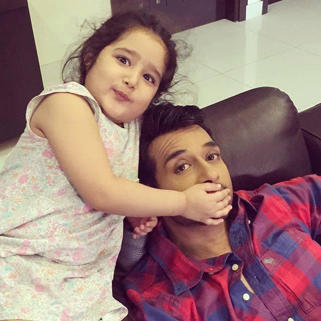 Faysal Qureshi with his cute daughter Ayat
