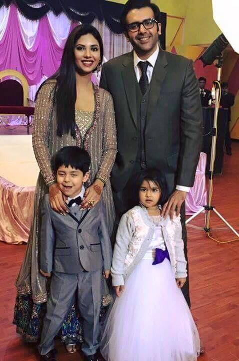 Hassan and Sunita with kids