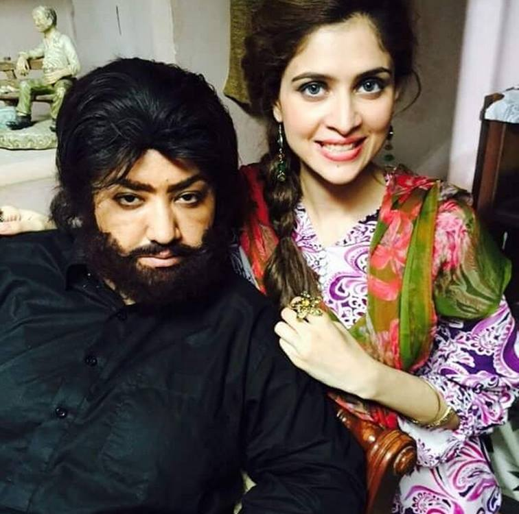 Hina Dilpazeer & Arij Fatyma On The Set Of Bubbly Darling