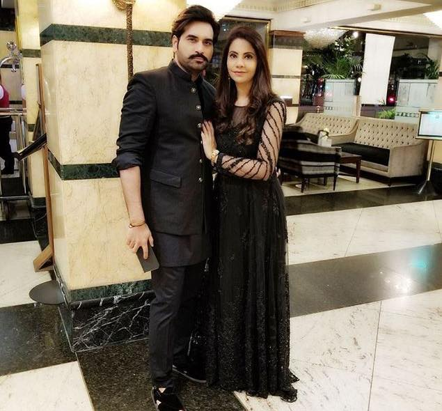 Humayun Saeed With His Wife Samina In London