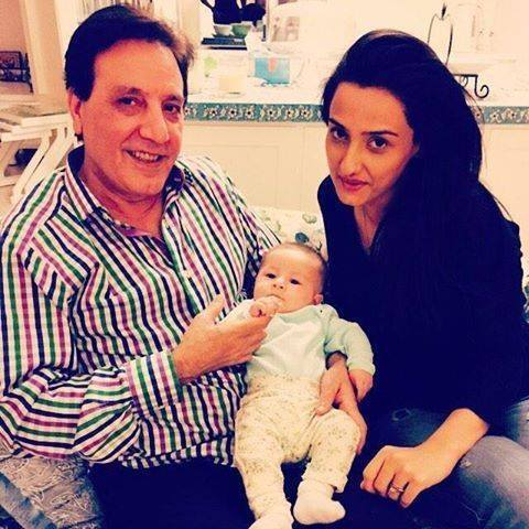 Javiad And Momal Sheikh With Syra Shehroz Daughter
