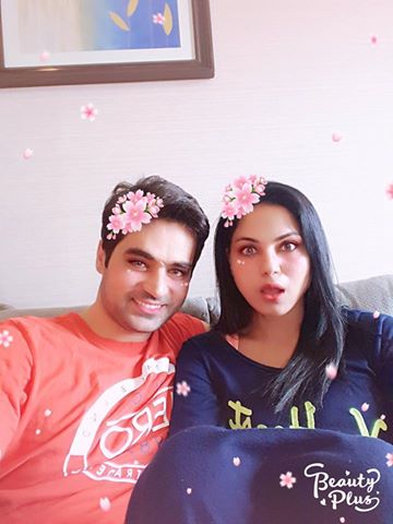Latest Click Of Veena Malik & Asad