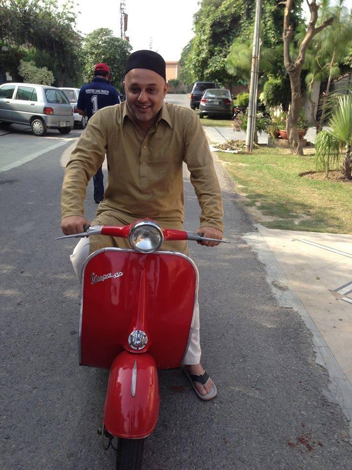 Latest Pic Ali Azmat