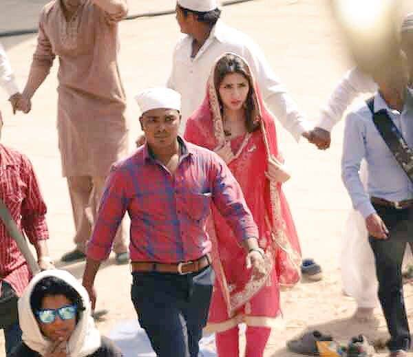 Mahira khan on the set of Raees