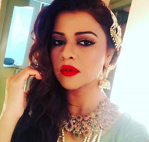 Maria Wasti On The Sets Of Jaal Drama