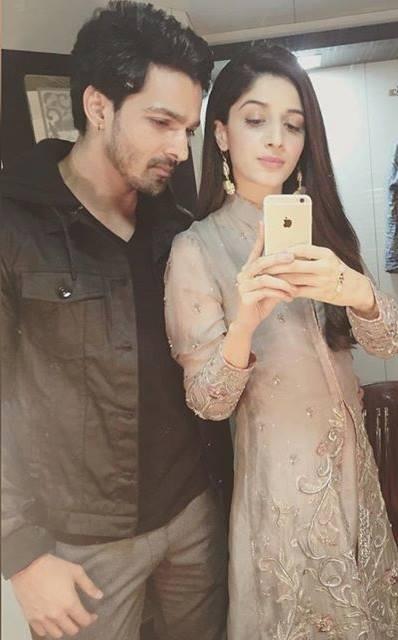 Mawra Hocane Selfie With Her Debut Hero Harshvardhan Rane