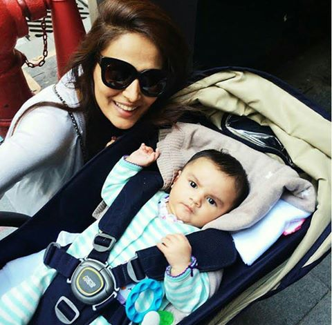 Mehreen Syed With Her Daughter Amun