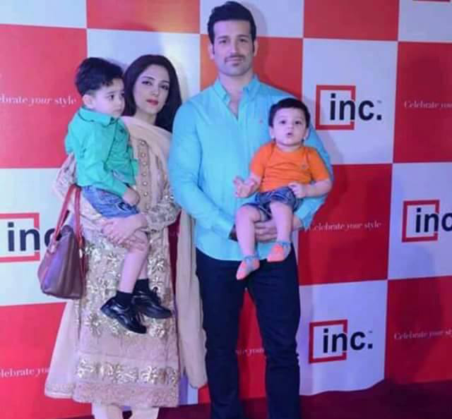 Model And Actor Abdullah Ejaz With His Wife And Kids