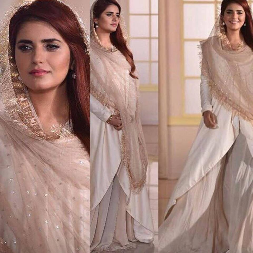 Momina Mustehsun Recording For A Ramzan Transmission