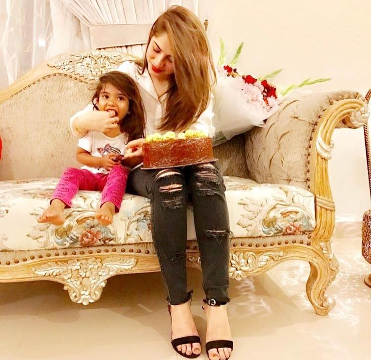 Neelum Muneer Celebrating Her Birthday