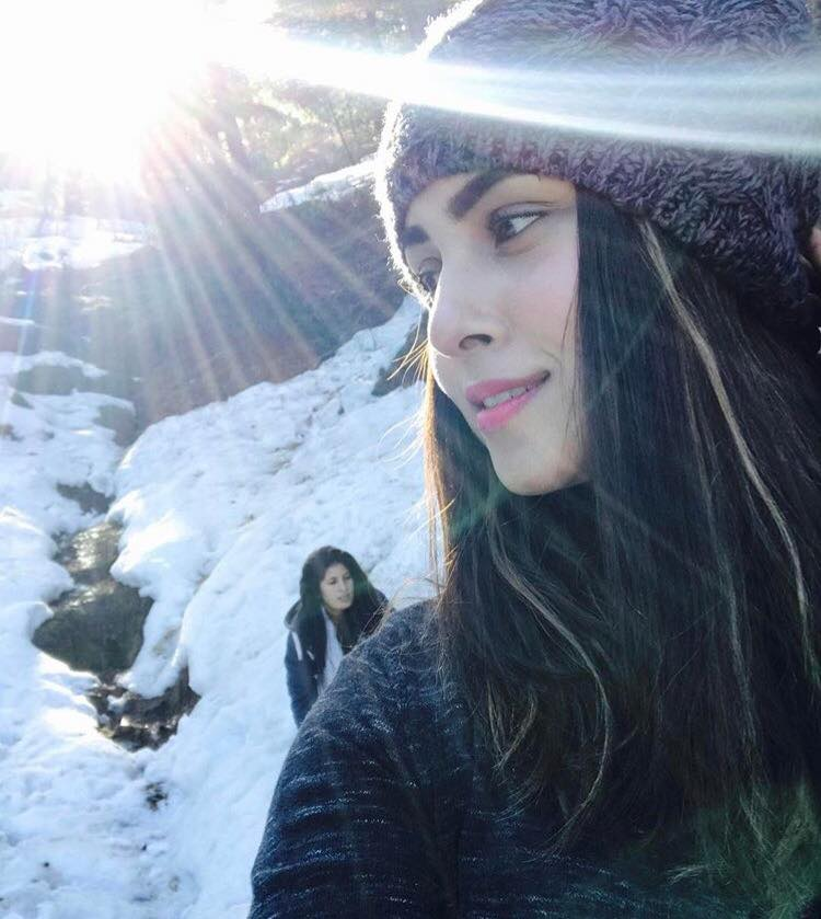 Nimra Khan Enjoying The Snow