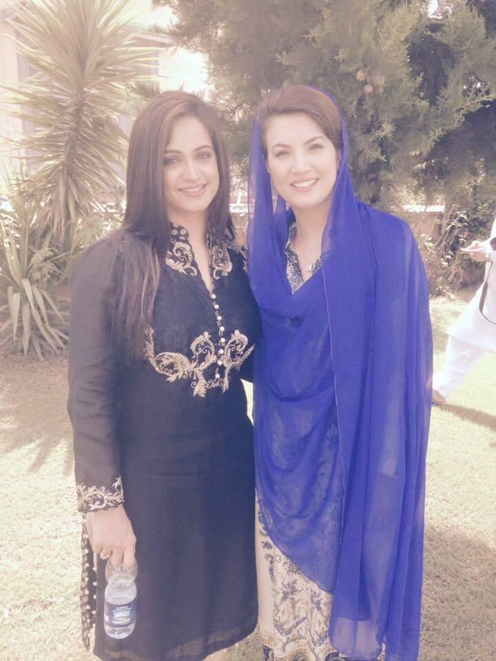 Noor Bukhari With Reham Khan