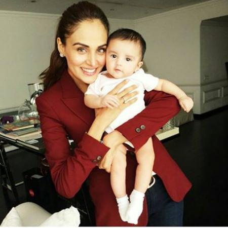Pakistani Top Model Mehreen Syed With Her Son