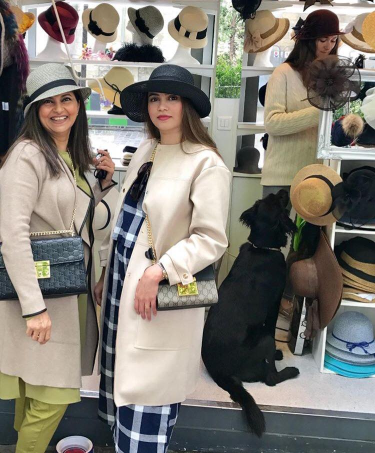 Rubina Ashraf Spotted Shopping For Hats In Paris
