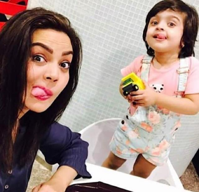 Sadia Imam With Her Daughter Meerab