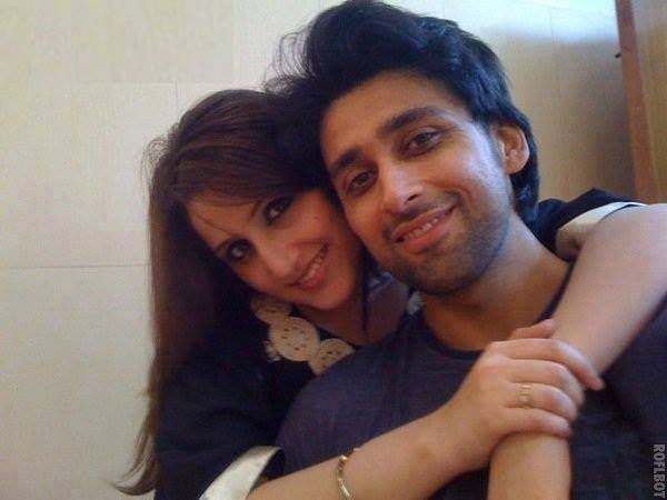 Sami Khan With His Wife